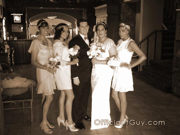 "Fun ""Great Gatsby"" Themed Wedding"