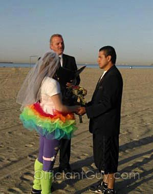 Officiant Guy performing a casual wedding on a beach in Southern California