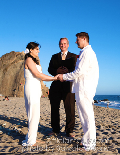 Officiant Guy Is A Civil Wedding Ceremony In Los Angeles California